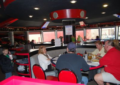 Flying Saucer Restaurant Niagara Falls, Niagara Family Restaurant